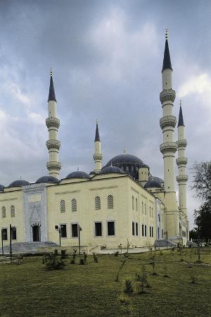 ertugrul-gazi-mosque-1997-ashgabat-turkmenistan