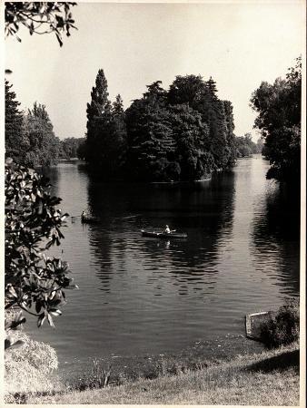 erwin-blumenfeld-vogue-january-1948