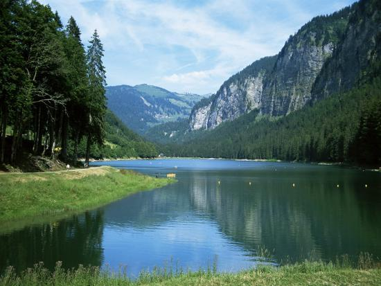 ethel-davies-lac-montriond-morzine-rhone-alpes-france