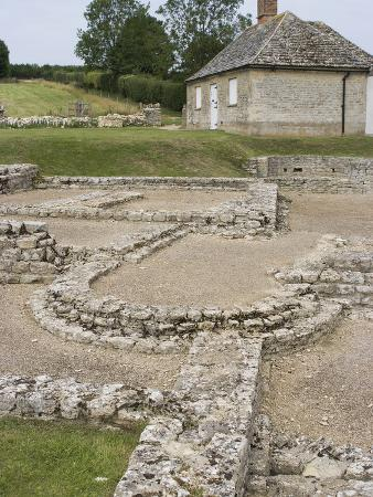 ethel-davies-north-leigh-roman-villa-remains-of-manor-dating-from-1st-3rd-century-ad-north-leigh-england