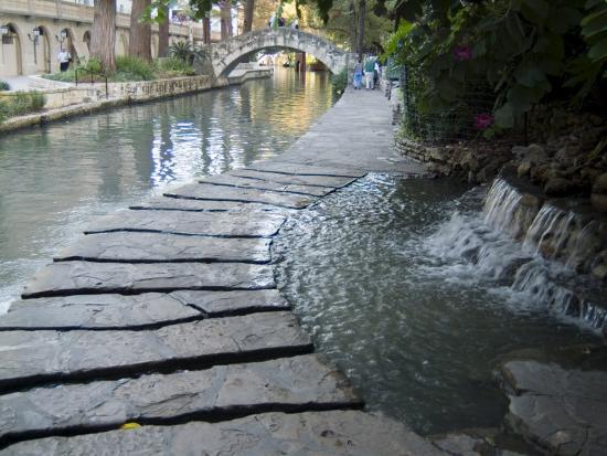 ethel-davies-riverwalk-san-antonio-texas-usa