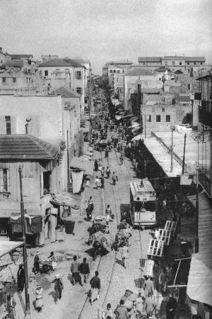 ewing-galloway-street-scene-beirut-lebanon-c1924