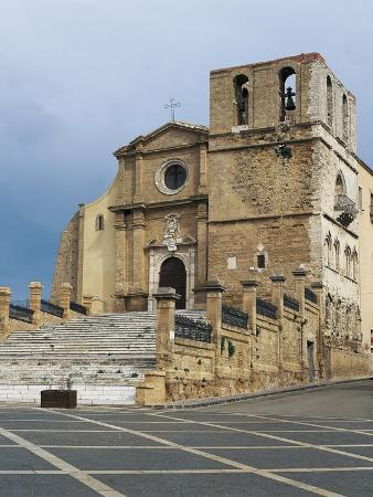 facade-of-a-cathedral-agrigento-sicily-italy