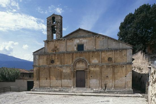 facade-of-church-of-santa-giusta-13th-century-bazzano-abruzzo-italy