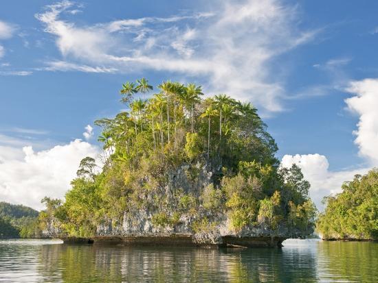 fadil-indonesian-islands