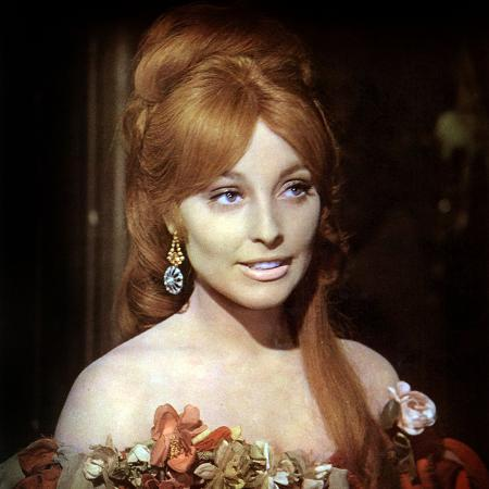 fearless-vampire-killers-or-pardon-me-your-teeth-are-in-my-neck-roman-polanski-sharon-tate-1967