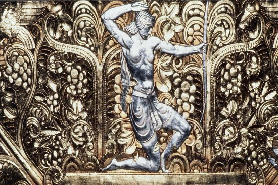 female-figure-decorative-detail-from-ceiling-of-grand-ballroom-waldorf-astoria-hotel