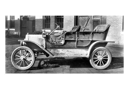 first-model-t-ford