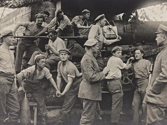 first-world-war-a-group-of-belgian-artillery-photographed-as-they-maneuver-a-cannon