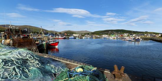 fishing-harbor-dingle-harbour-dingle-peninsula-dingle-county-kerry-republic-of-ireland