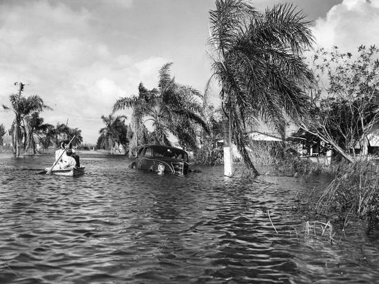 flooded-street-after-the-hurricane-1947