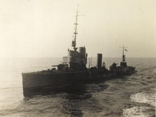 foto-deutsches-torpedoboot-v-130-auf-hoher-see