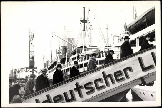 foto-lloyd-bremen-gangway-passagiere-dampfer