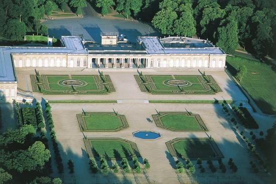 france-aerial-view-of-palace-of-versailles