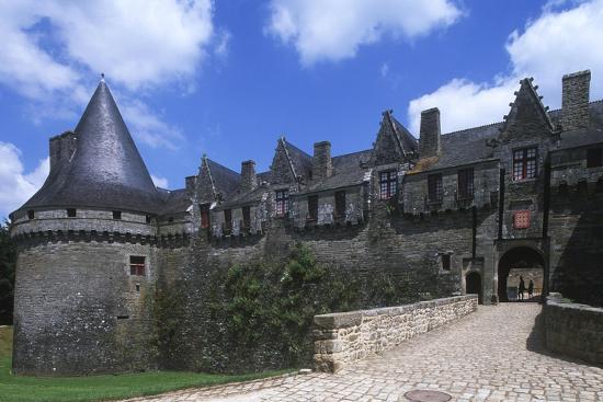 france-brittany-morbihan-pontivy-rohan-castle