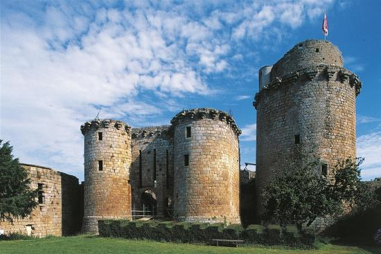 france-brittany-tonquedec-castle