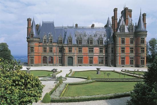 france-brittany-trevarez-renaissance-castle