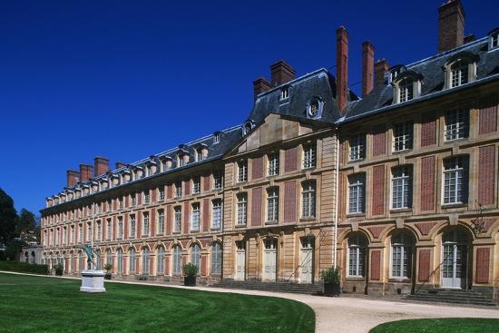 france-ile-de-france-fontainebleau-16th-century-fontainebleau-palace