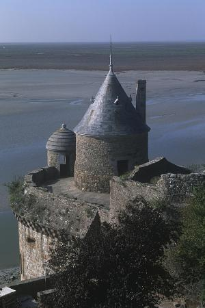 france-normandy-ramparts-of-le-mont-saint-michel