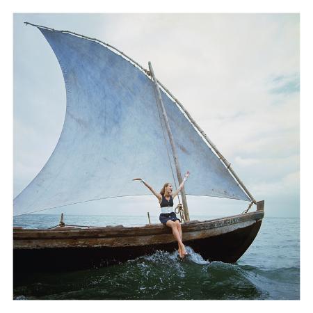 franco-rubartelli-vogue-january-1968-boating-veruschka