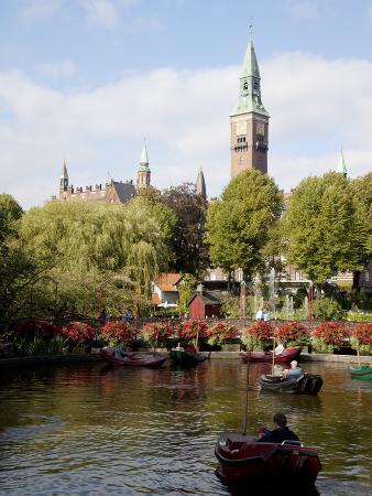frank-fell-tivoli-gardens-and-city-hall-clock-tower-copenhagen-denmark-scandinavia-europe