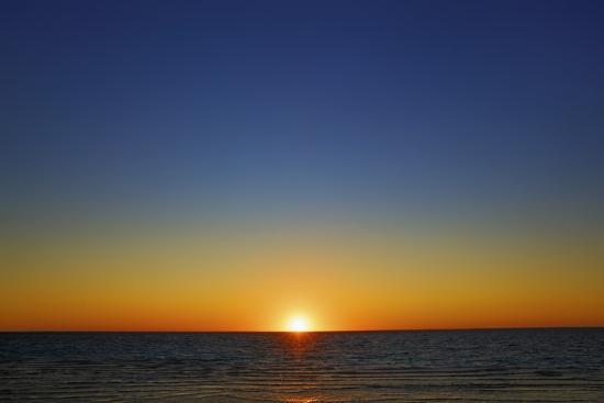 frank-krahmer-sunset-impression-at-ocean