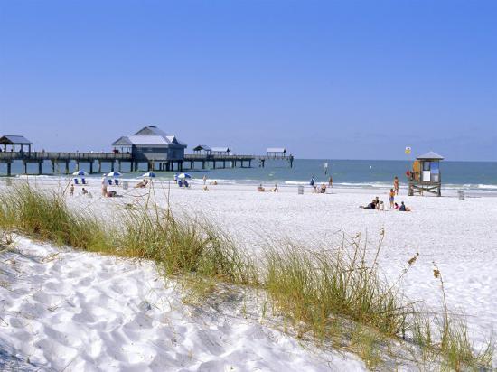 fraser-hall-clearwater-beach-florida-usa