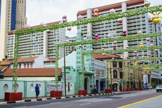 fraser-hall-masjid-jamae-chulia-mosque-in-south-bridge-road-chinatown-singapore-southeast-asia-asia