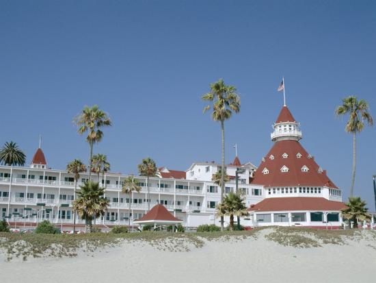fraser-hall-san-diego-s-most-famous-building-hotel-del-coronado-dating-from-1888-san-diego-usa