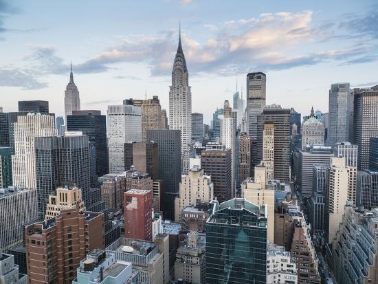 fraser-hall-skyscrapers-of-manhattan-new-york-city