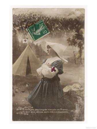 french-red-cross-nurse-prays-for-the-safety-of-the-french-soldiers
