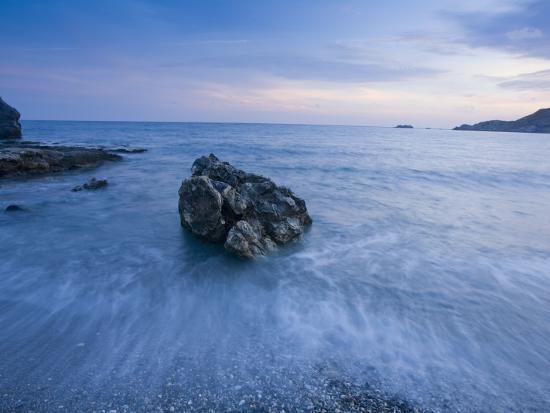 gareth-mccormack-dusk-on-the-southern-crete-coastline