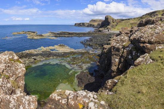 gary-cook-cliffs-around-treshnish-point
