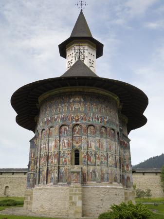 gary-cook-painted-monastery-of-sucevita-moldavia-southern-bucovina-romania-europe