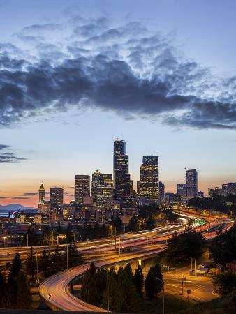 gary-luhm-washington-seattle-sunset-view-of-downtown-over-i-5-from-the-jose-rizal-bridge
