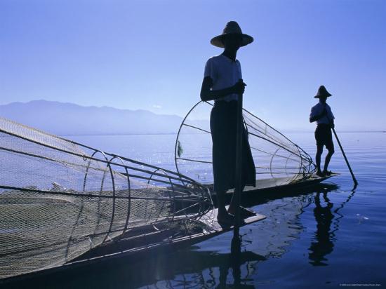 gavin-hellier-intha-fishermen-inle-lake-shan-state-myanmar-burma-asia