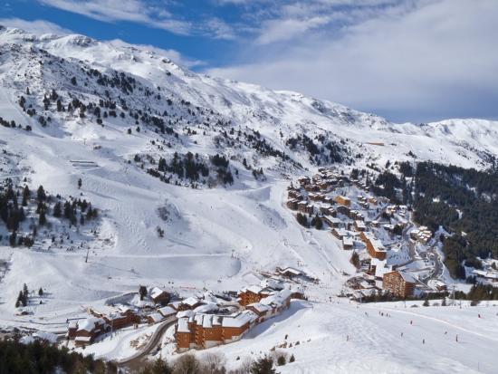 gavin-hellier-meribel-mottaret-1750m-ski-area-meribel-three-valleys-savoie-french-alps