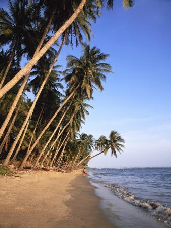 gavin-hellier-mui-ne-beach-south-central-coast-vietnam