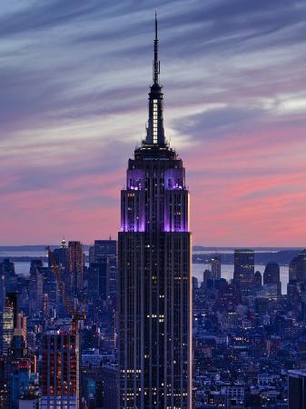 gavin-hellier-new-york-city-manhattan-view-towards-downtown-empire-state-building-from-rockerfeller-centre-us