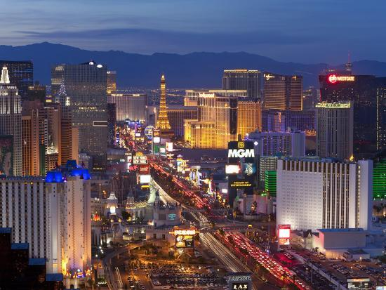 gavin-hellier-united-states-of-america-nevada-las-vegas-elevated-dusk-view-of-the-hotels-and-casinos-along-the