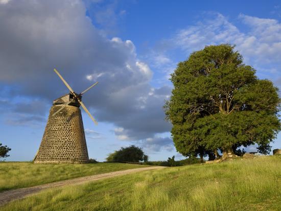 gavin-hellier-windmill-at-bettys-hope-historic-sugar-plantation-antigua-leeward-islands-west-indies-caribbean