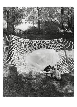 gene-moore-vogue-july-1953-lounging-in-a-ballgown