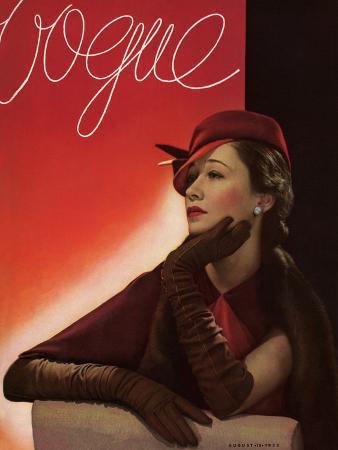 george-hoyningen-huene-vogue-cover-august-1933