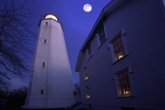 george-oze-full-winter-moon-at-sandy-hook-lighthouse