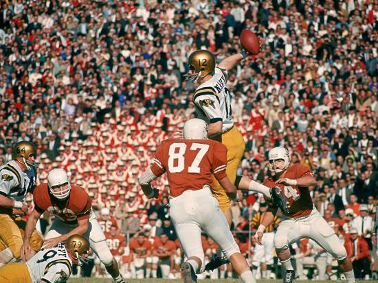 george-silk-navy-qb-roger-staubach-in-action-against-university-of-texas-at-the-cotton-bowl