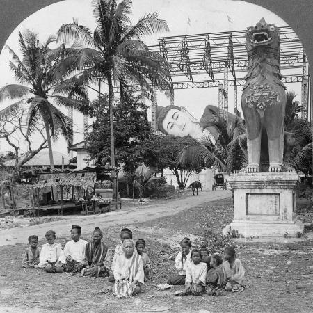 giant-recumbent-figure-of-buddha-pegu-burma-1908