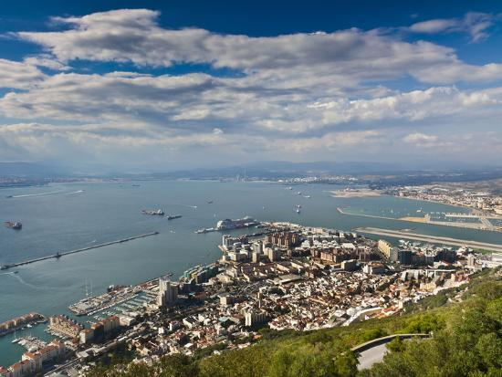 giles-bracher-bay-of-gibraltar-and-gibraltar-town-from-the-top-of-the-rock-gibraltar-europe