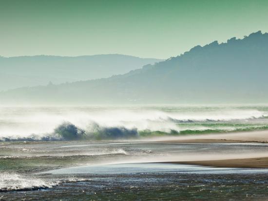 giles-bracher-storm-force-levante-winds-blowing-tops-of-waves-estrecho-natural-park-los-lanses-beach-spain