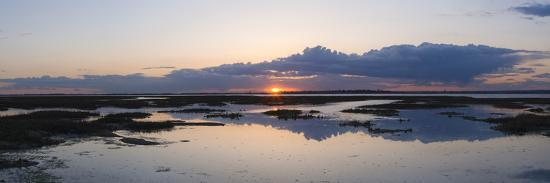 giles-bracher-sunset-over-marshes-of-chichester-harbour-on-a-very-still-evening-west-sussex-england-uk-europe