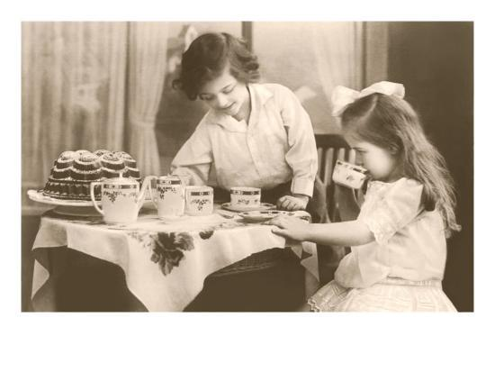 girls-playing-tea-party